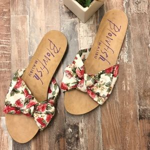 Blowfish slip on Sandals